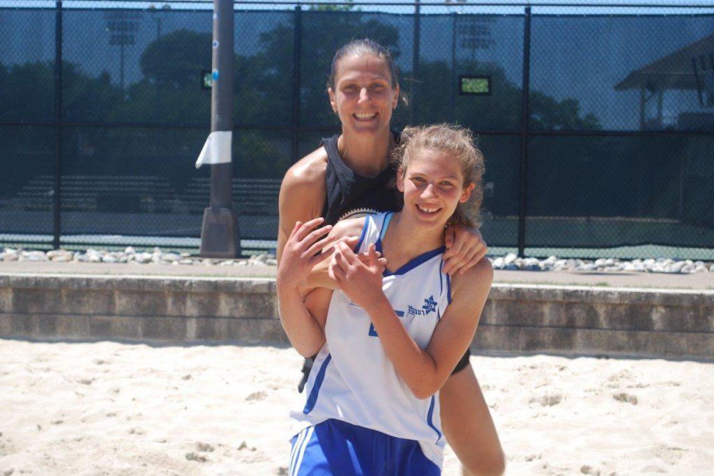מחנה כדורסל בנות
