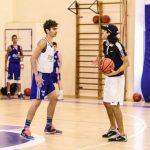 יוגב ברדוגו באימון במהלך אימון כדורסל